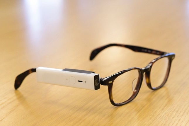 メガネに装着