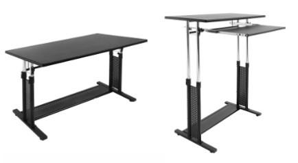 体にあった椅子と机をセットで使用できる