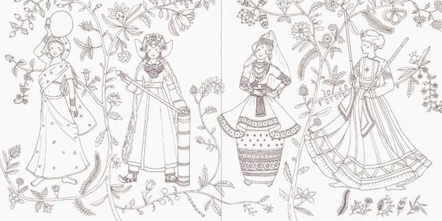 インドのサリー。巻き方や布の素材や文様で出身地域や宗派、既婚、未婚等が識別できる。
