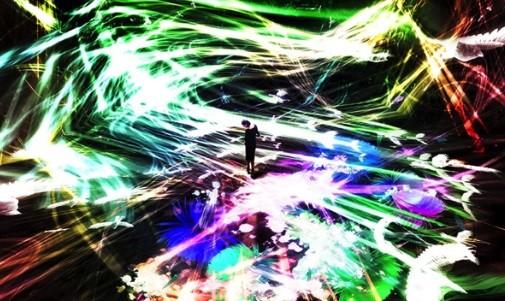 チームラボ《追われるカラス、追うカラスも追われるカラス、そして衝突して咲いていく- Light in Space》 2016年インタラクティブ・デジタル・インスタレーション4分20秒サウンド:高橋英明