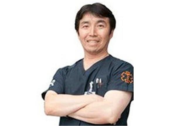 昭和大学医学部救急医学の三宅康史教授