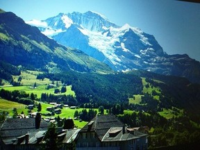 スイスアルプスの夏のさわやかな夜明けを感じることのできる、スイス人オネゲルの「夏の牧歌」