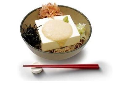 「豆腐一丁そば」と相性ピッタリの大和芋