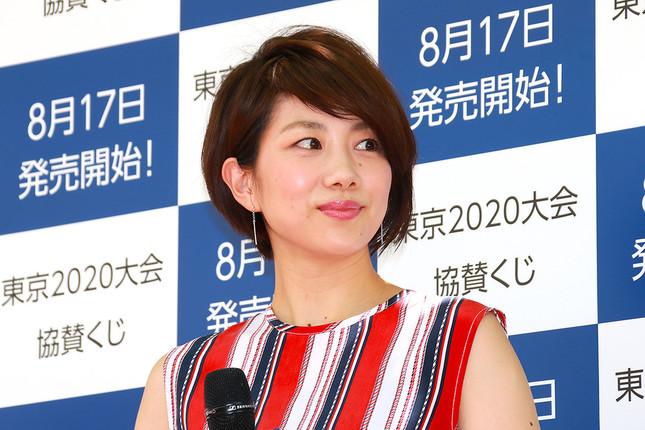小椋久美子さんとのペアは、「オグシオ」の愛称で今も人々の記憶に残る