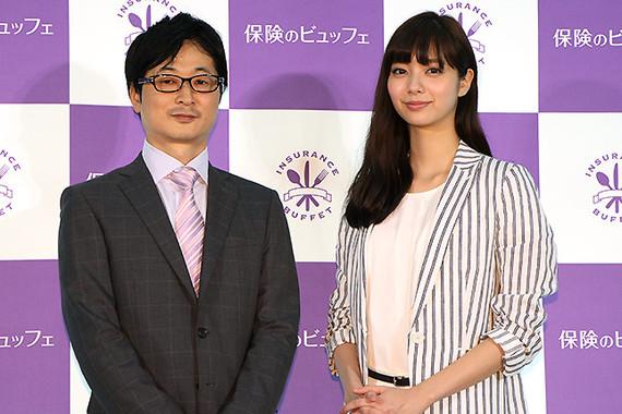 写真左は「保険のビュッフェ」の廣田真史会長