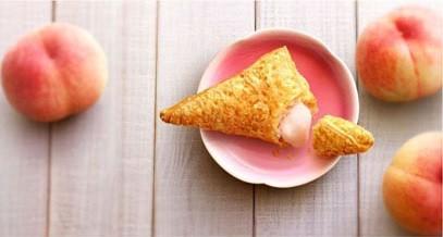桃の上品な香りと甘みが一度に楽しめる贅沢な一品