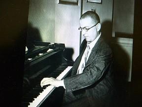 第1次大戦で片手を失ったピアニストのために書いた名曲、ラヴェルの「左手のためのピアノ協奏曲」