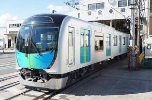 通勤電車だけではないさまざまなシーンで活躍できる新型通勤車両デビュー!
