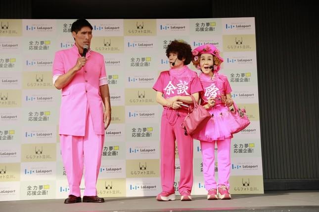 篠原さんの身長は公称で190cm