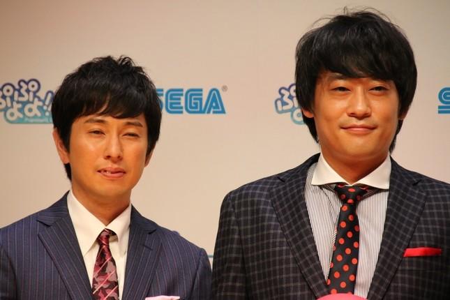 篠原さんに圧勝した「フルーツポンチ」の2人(2016年9月21日撮影)