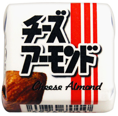 「チーズアーモンド」をチョコで再現