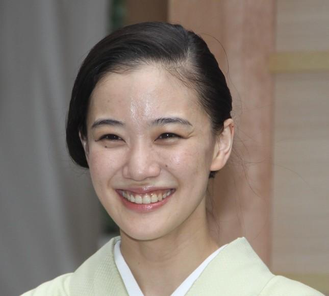 女優の蒼井優さん(2016年9月28日撮影)