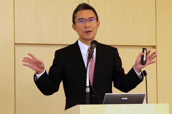 愛媛大学大学院医学系研究科の三宅吉博教授