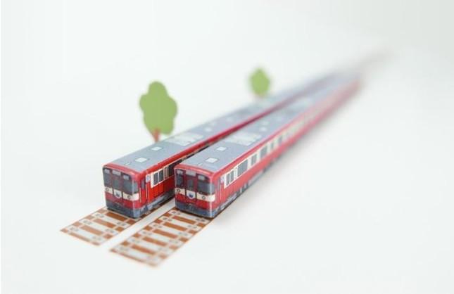 「幸運の赤い電車」がお箸に