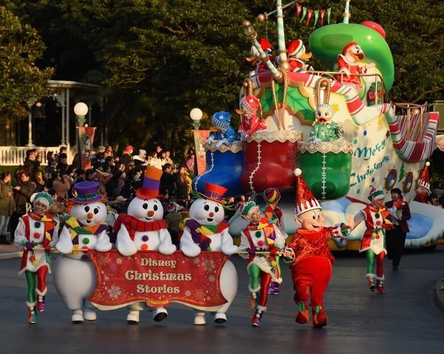東京ディズニーランド「クリスマス・ファンタジー」のパレード「ディズニー・クリスマス・ストーリーズ」