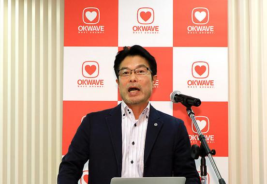 研究開発本部長でもある浅川秀治取締役