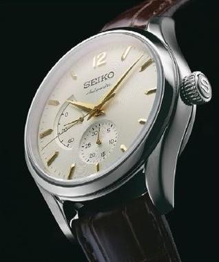 国産初の自動巻腕時計「オートマチック」をリデザイン!