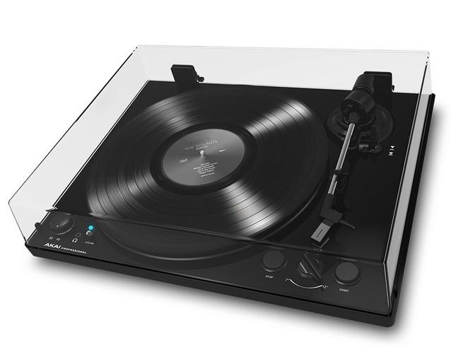 デジタル機器とつなげて聴けるレコードプレーヤー