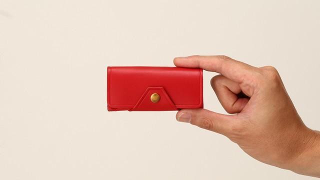 手のひらサイズの新スタイルミニ財布「Tiny」