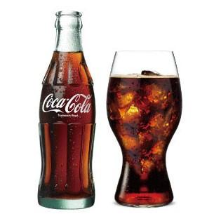 コカ・コーラの魅力を最大限に引き出すリーデルグラス
