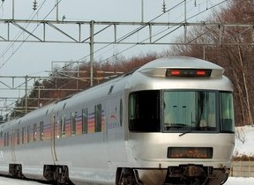団体臨時列車「カシオペア」で行く1月の小樽や洞爺湖めぐる旅