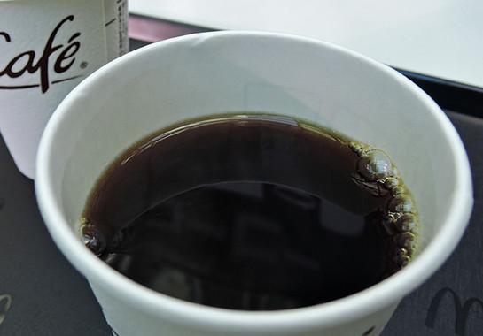 コーヒーに近づくと香りが