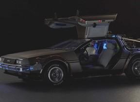 デアゴ「デロリアン」創刊 映画BTFの「名車」が作れる