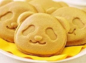 上野だけの「パンダ焼き(いちごみるく)」今年も登場 コージーコーナー