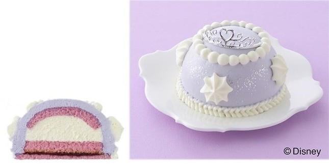 「ちいさなプリンセス ソフィア」のドレスに見立てたケーキ
