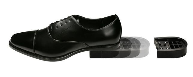 仅需10秒就能更换好鞋跟的商务男士皮鞋