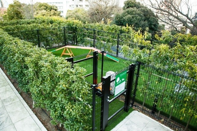 空中庭園に新設された「プライベートドッグパーク」