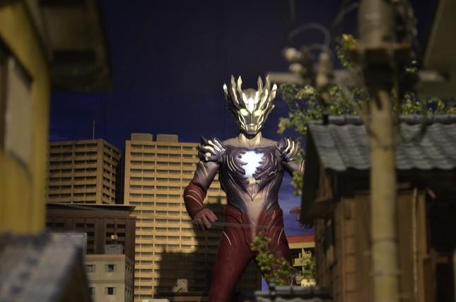「巨大バトルジオラマ」コーナーは、平成のウルトラヒーローが主人公