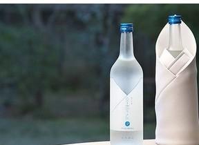 日本酒専用の保冷バッグ シャープが液晶材料の研究技術を応用