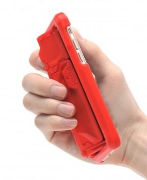 ワンプッシュでグリップが飛び出し、小さな手でも片手操作 3Dプリンターで作ったiPhoneケース「GRIPL」