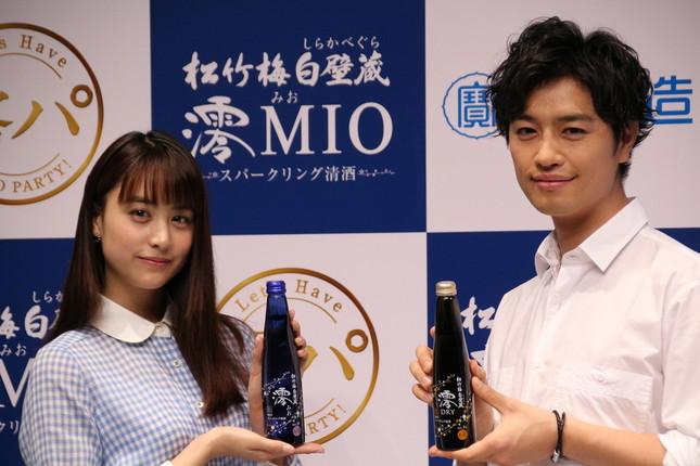 (左)山本美月さん、(右)斎藤工さん