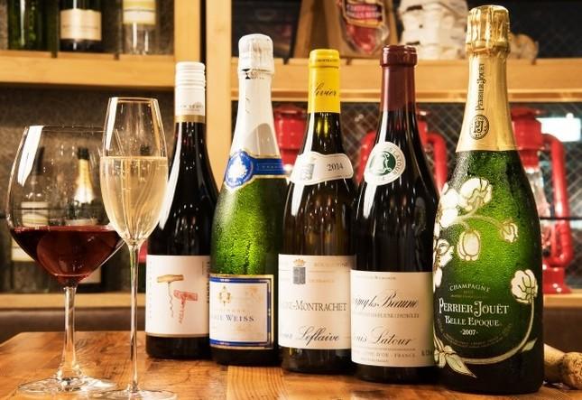 ボトルワインとシャンパンも全て赤字覚悟の破格値