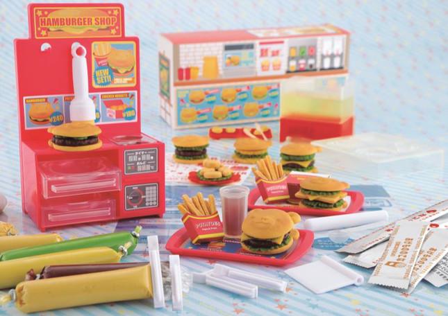 子供でも安全にハンバーガー屋さんやパティシエ気分を楽しめる