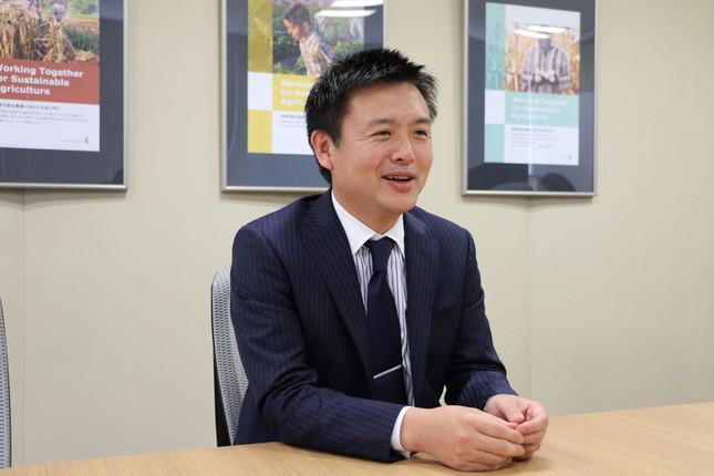 取材に答える日本モンサント・中井秀一新社長