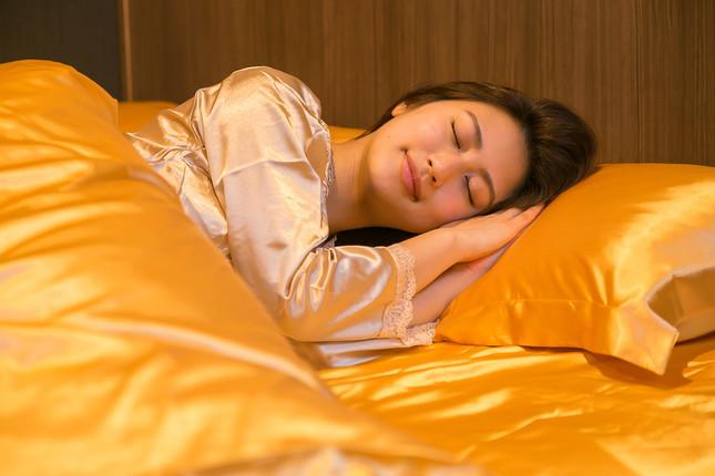 「金の枕・金の布団・金のパジャマ」のゴージャスな開運3点セット