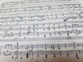 ショパンの楽譜に残された「悲しい歴史」 音の違う自筆譜がいくつも存在する理由
