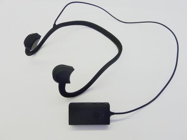 周りの音も聞こえ安心・安全 難聴対策にも