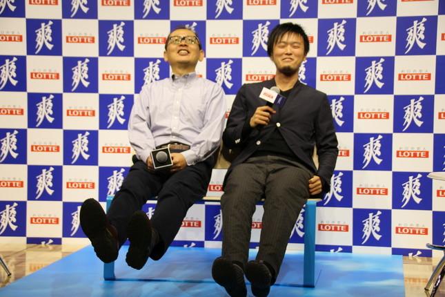(左から)前野教授、太刀川氏