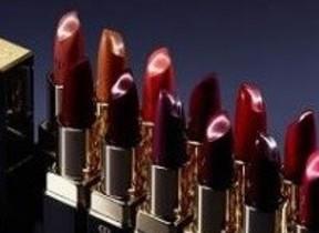 官能的な唇、肌まで美しく魅せる「ルージュアレーブルn」 クレ・ド・ポー ボーテから