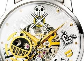 「ワンピース」の「トラファルガー・ロー」モデル腕時計 内部が見えるシースルー