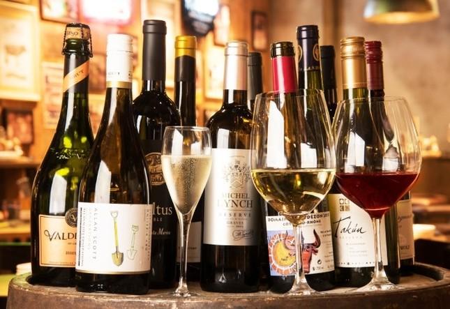 飲み放題だから、気軽に料理とワインのペアリングを楽しんで