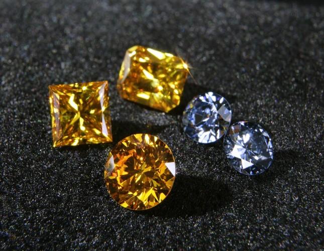 ダイヤモンド/ライフジェムジャパン提供