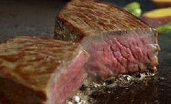 黒毛和牛のステーキと焼きしゃぶの2点盛り