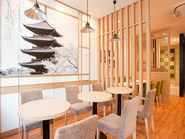 「CAFE&BAKERY MIYABI」大森店の内観