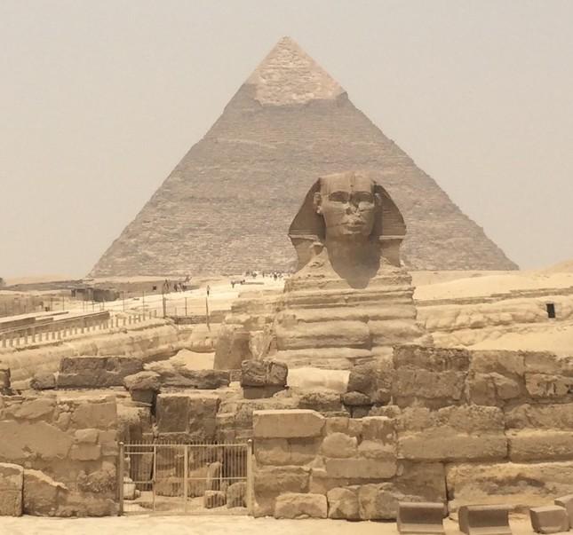 ギザのピラミッド(エジプト)