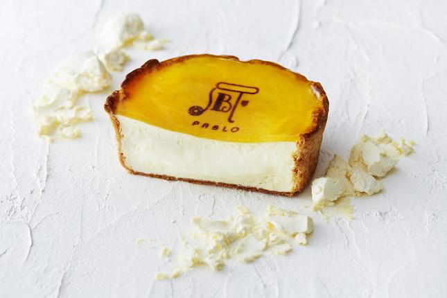 「パブロ」のチーズタルト